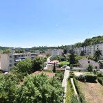 Appartement. Investissement colocation de 4 personnes Lyon 69009 rendement 4.43 % . 368000 €FAI. Loyer net garanti 1358 €