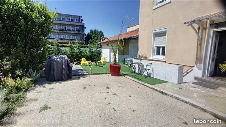 Maison - Investissement locatif Colocation Lyon - 6 colocataires -  Rendement 5.13 % - 491400 €FAI - Loyer net garanti 2100 €